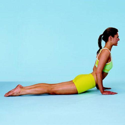 Йога для начинающих - поза кобры