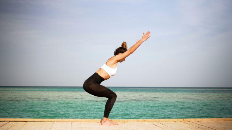 Поза йоги - Уткатасана
